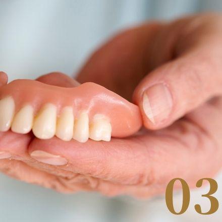 香川県高松市 外れない総入れ歯治療なら吉本歯科医院
